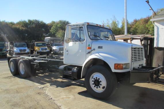 1999 Int winch truck (2)
