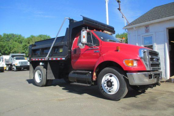 2006 Ford Dump Truck
